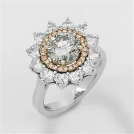 Eleganter Juwelenring mit Natural