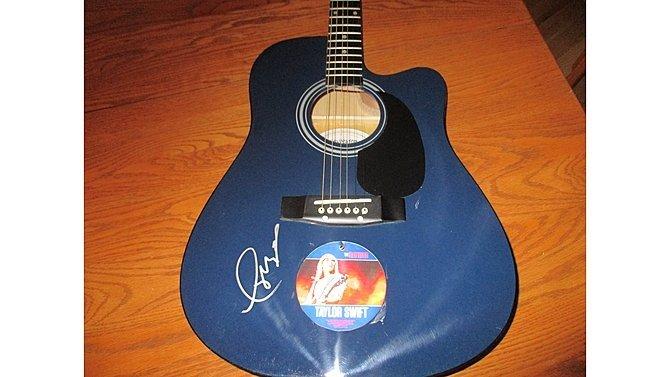 J13 -  Taylor Swift Autographed