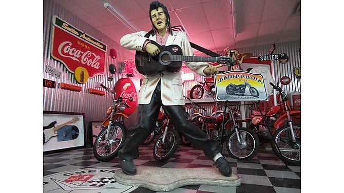K16 -  1970s Life Size Elvis Statue
