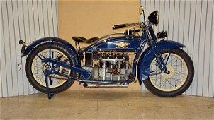 T72 - 1928 Henderson Deluxe Four