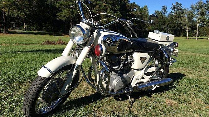 F6 - 1968 Honda CB450P