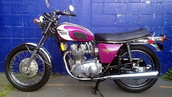 F10 - 1972 Triumph Trident T150