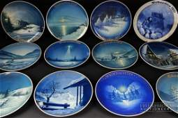 A collection of Rosenthal Weihnachten Christmas plates,