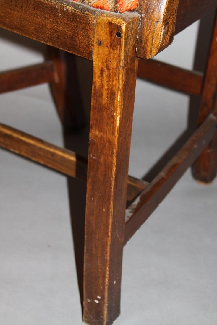 An English Country Oak Armchair, 18th century - 5