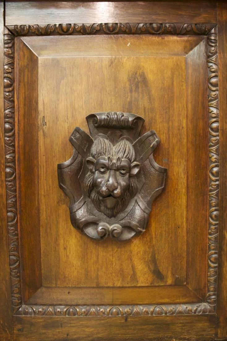 A Continental Carved Oak Bookcase, 19th century - 8