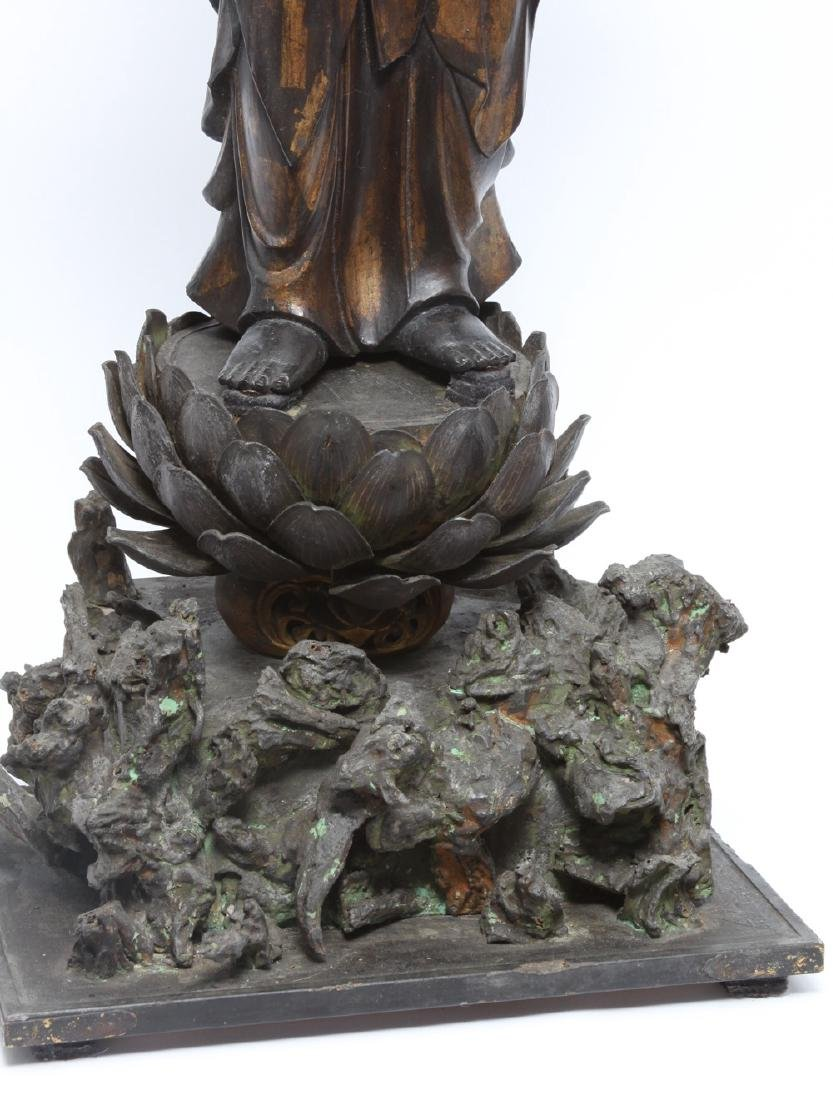 Japanese Gilt and Lacquer Carved Wood Kannon - 4