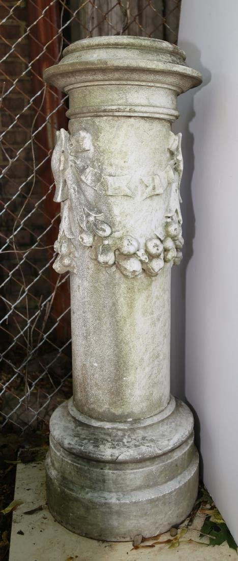 A Neoclassical Carved Marble Pedestal, ca. 18th/19thc. - 2