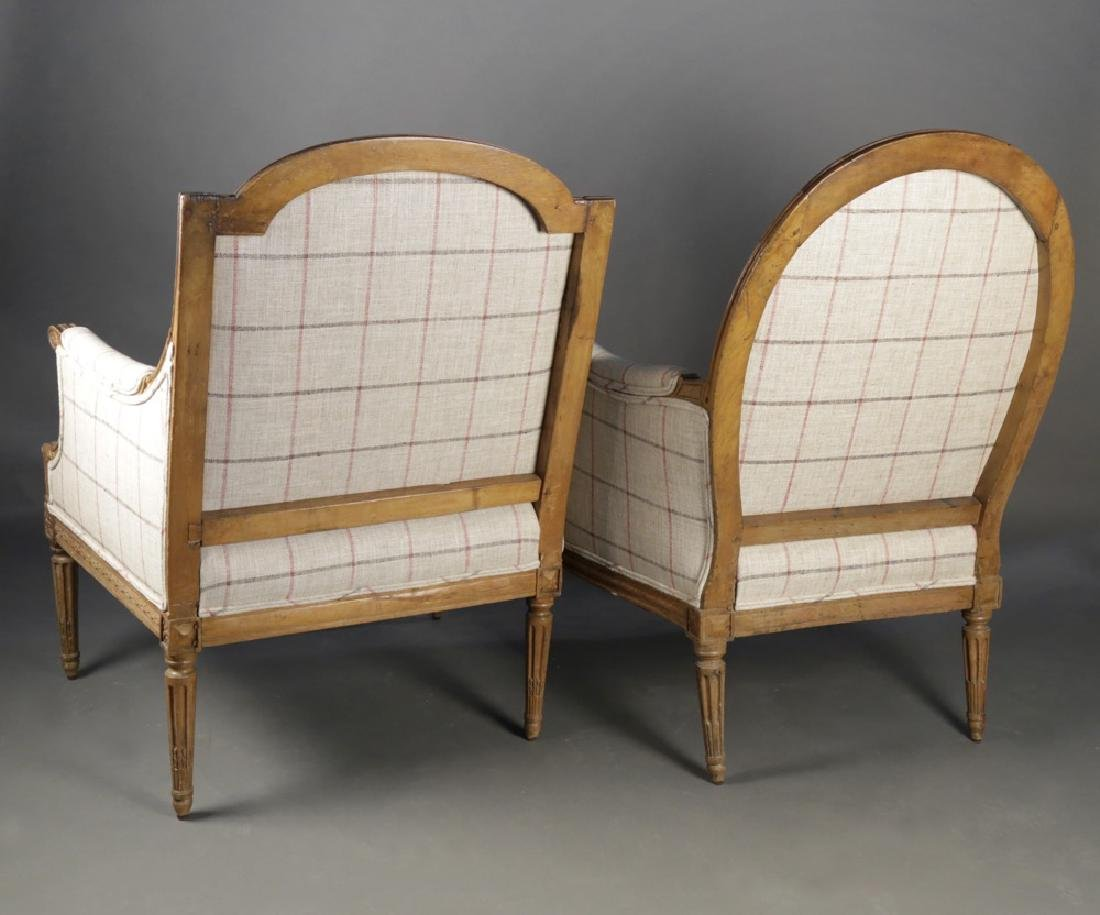 Two 18th c. French Bergeres, assembled pair - 3