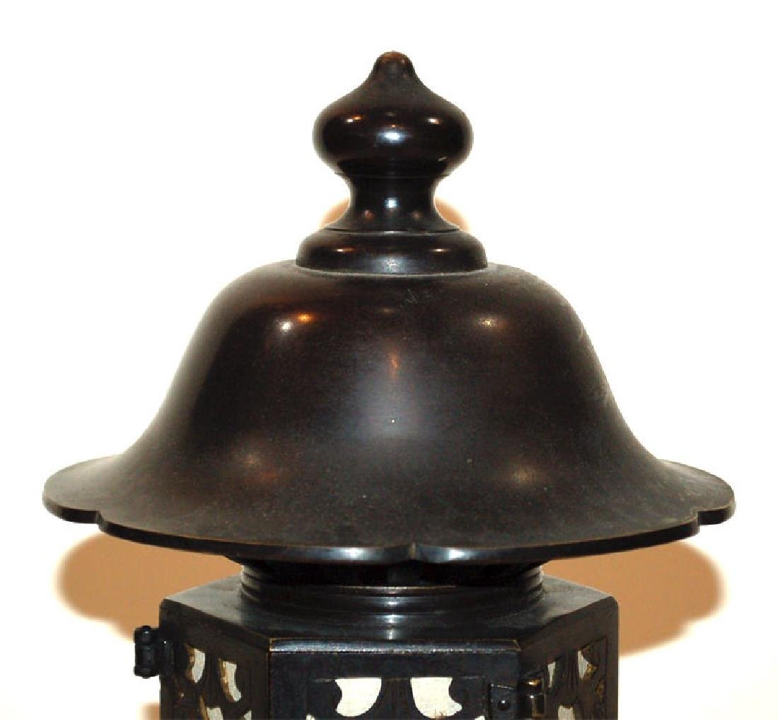 A Japanese Bronze Buddhist Bronze Temple Lantern - 5
