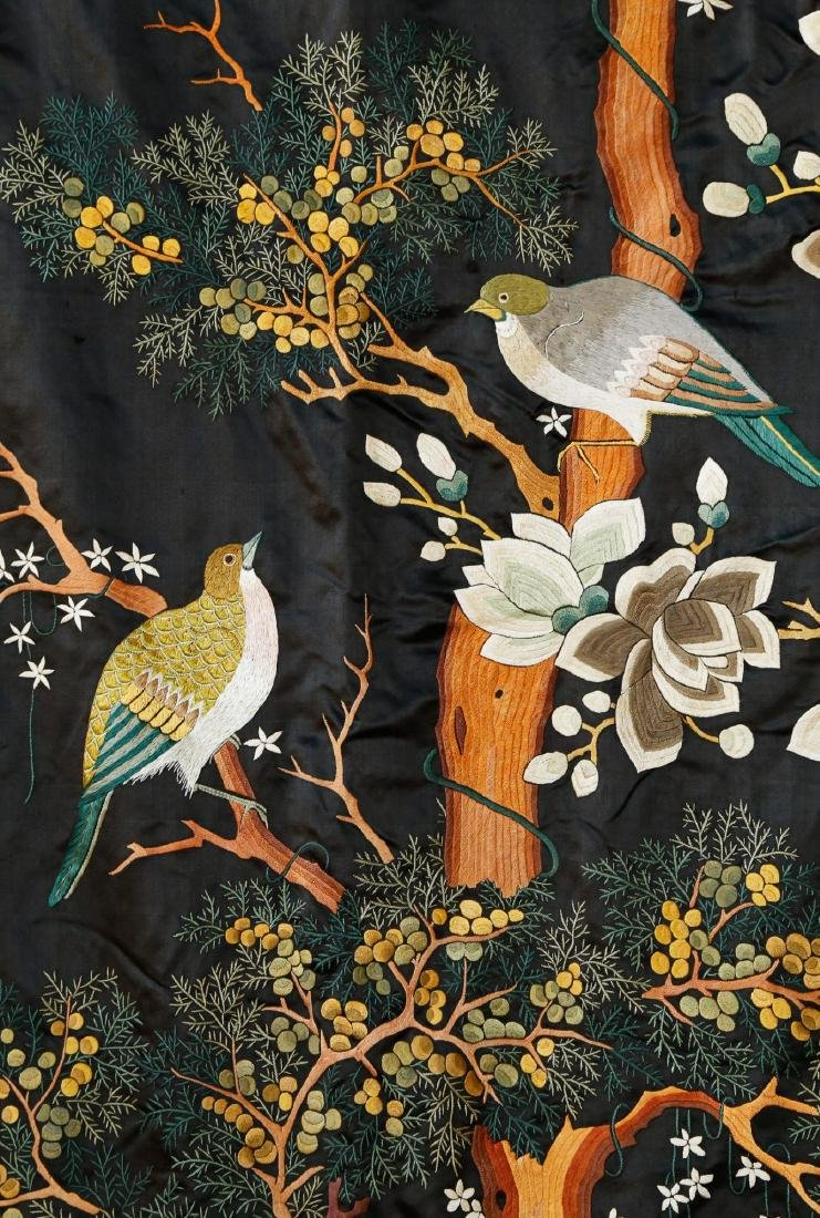 Rare Monumental 19th Century Chinese Embroidery - 7