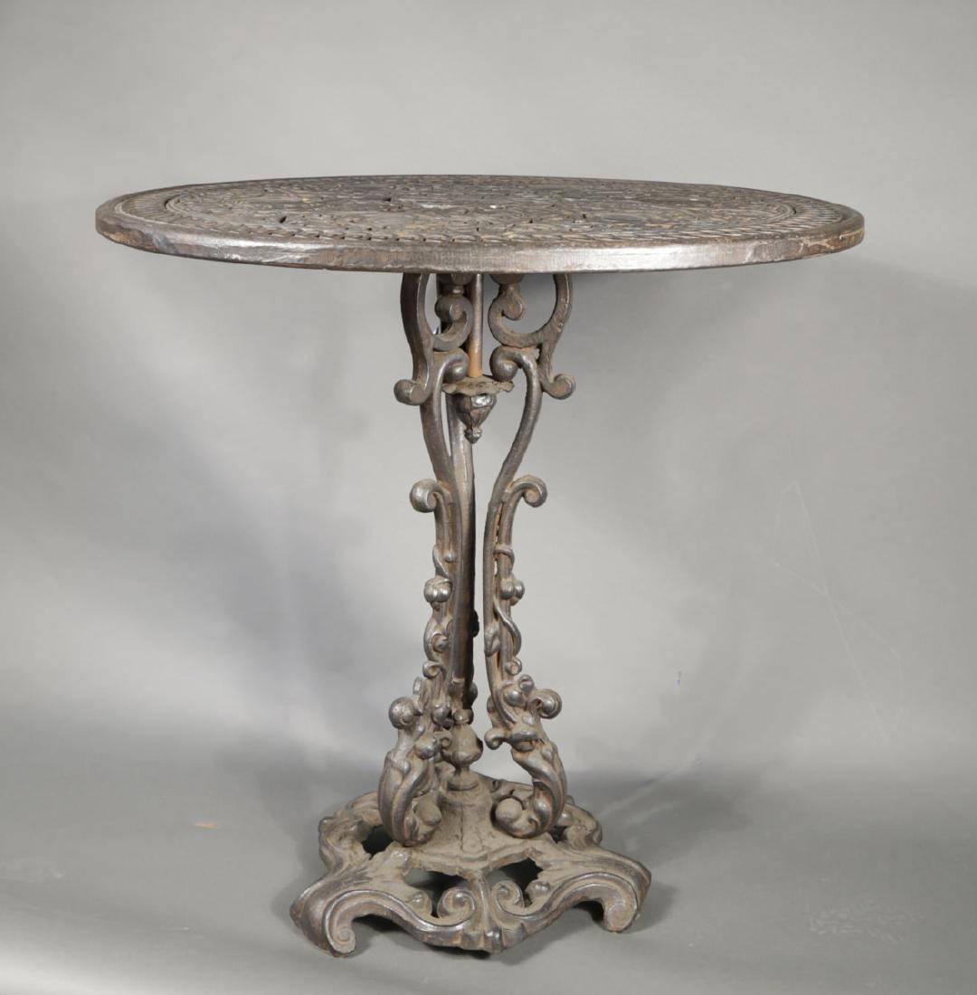 Cast Iron Garden Table, 19th Century - 2