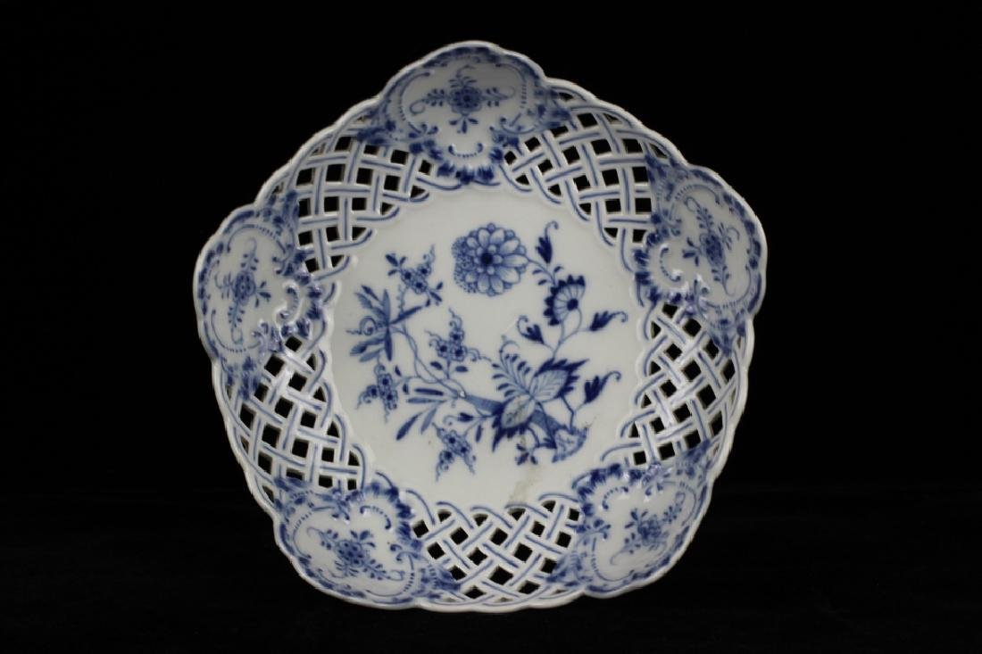 19thc Meissen Blue Flower Reticulated Tazza - 8