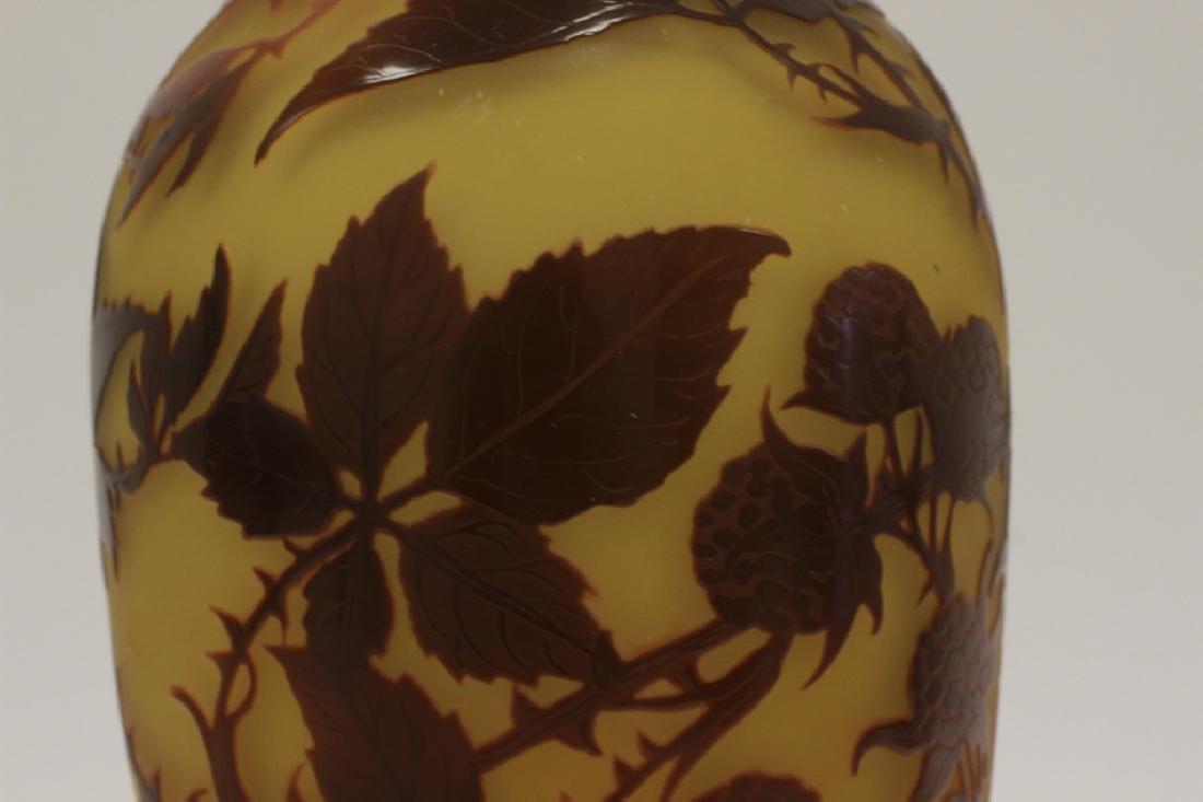 D'Argental Berry Vase, Signed - 4