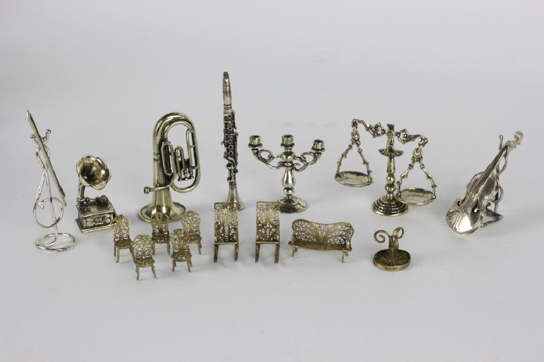 18 Pieces Miniature Silver & Brass Items