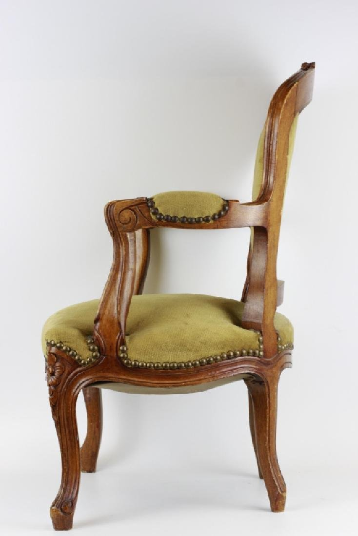 Small Old Child's Chair - 6