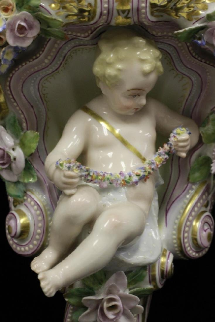 Pair of Early 20thc Figural Porcelain Shelves - 4