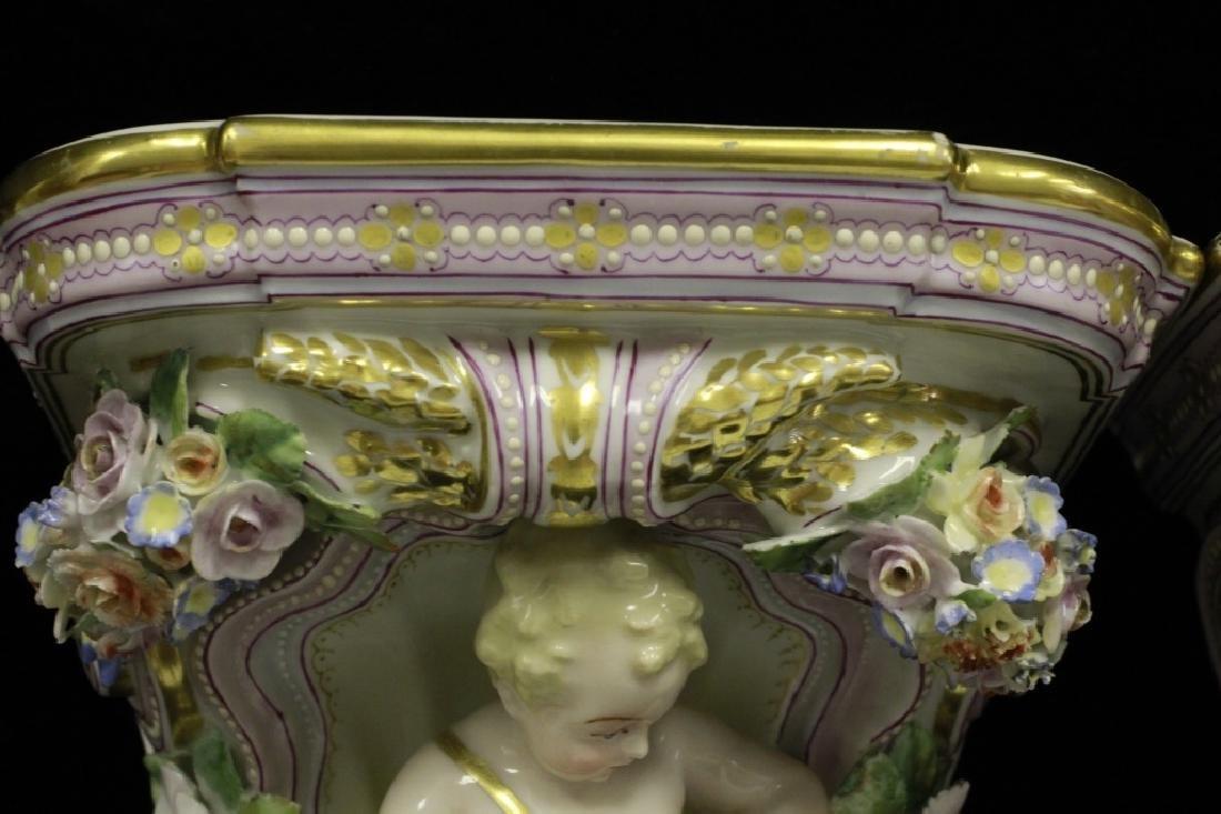 Pair of Early 20thc Figural Porcelain Shelves - 6