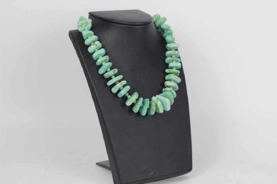 Turquoise necklace with silver mounts - 3