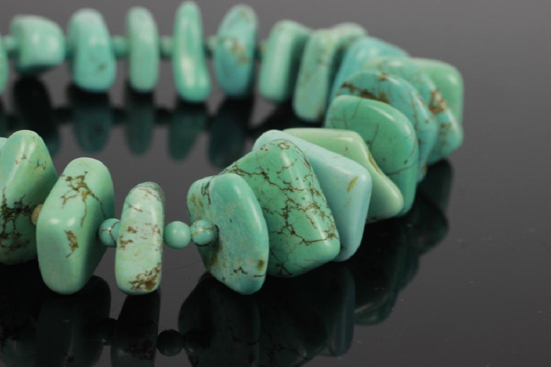 Turquoise necklace with silver mounts - 8