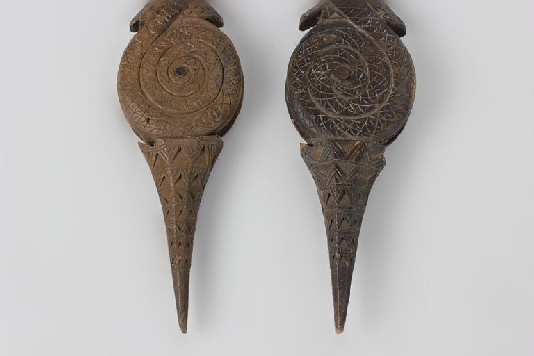 Pair of 19thc Thai Wooden Pulley's - 8