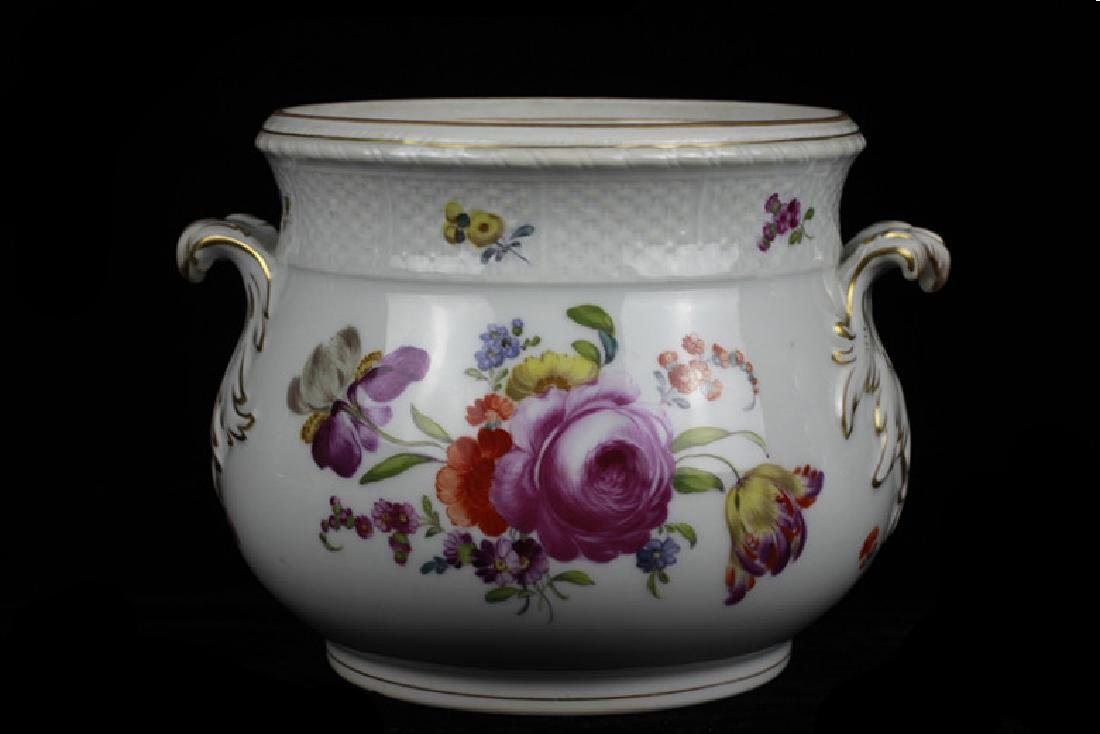 Vienna Bowl, Early Underglaze Mark