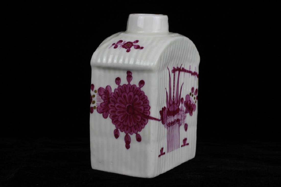 18thc German Porcelain Tea Caddy - 2