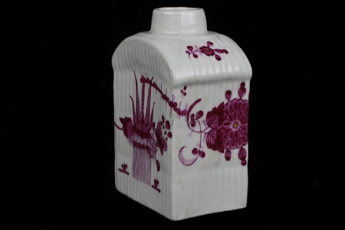 18thc German Porcelain Tea Caddy - 8