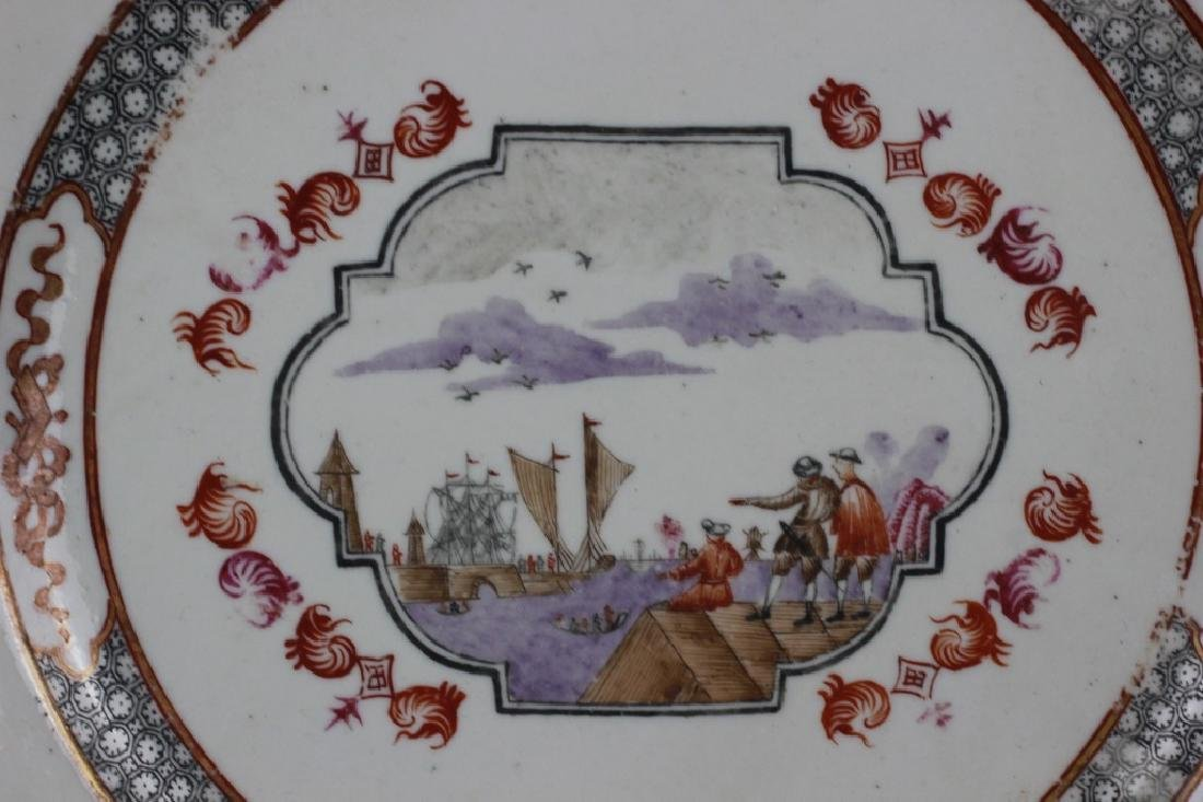Chinese Pair of 19thc Export Porcelain Plates - 3