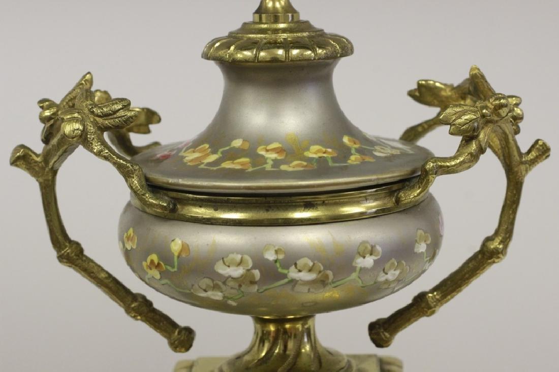 Unusual19thc Paris Porcelain Platinum Ground Clock - 3