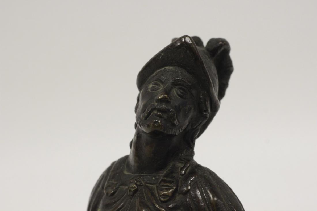 17thc Small Bronze of Warrior on Bronze Base - 4