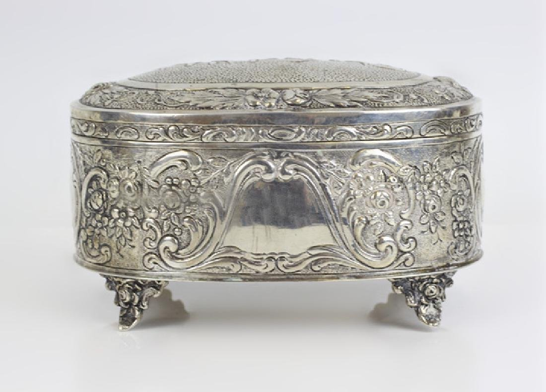 Early 800 German Silver Judaica Etrog Box