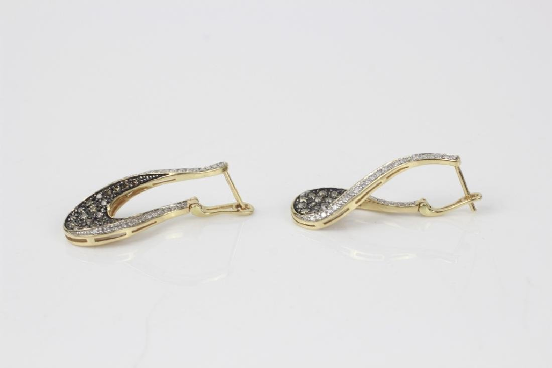 Pair of 14k Gold & Diamond Earrings - 7