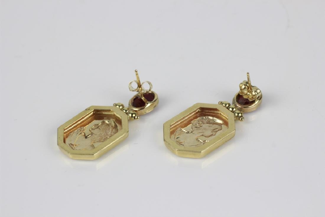14k Gold Earring w/ Red Stones - 3