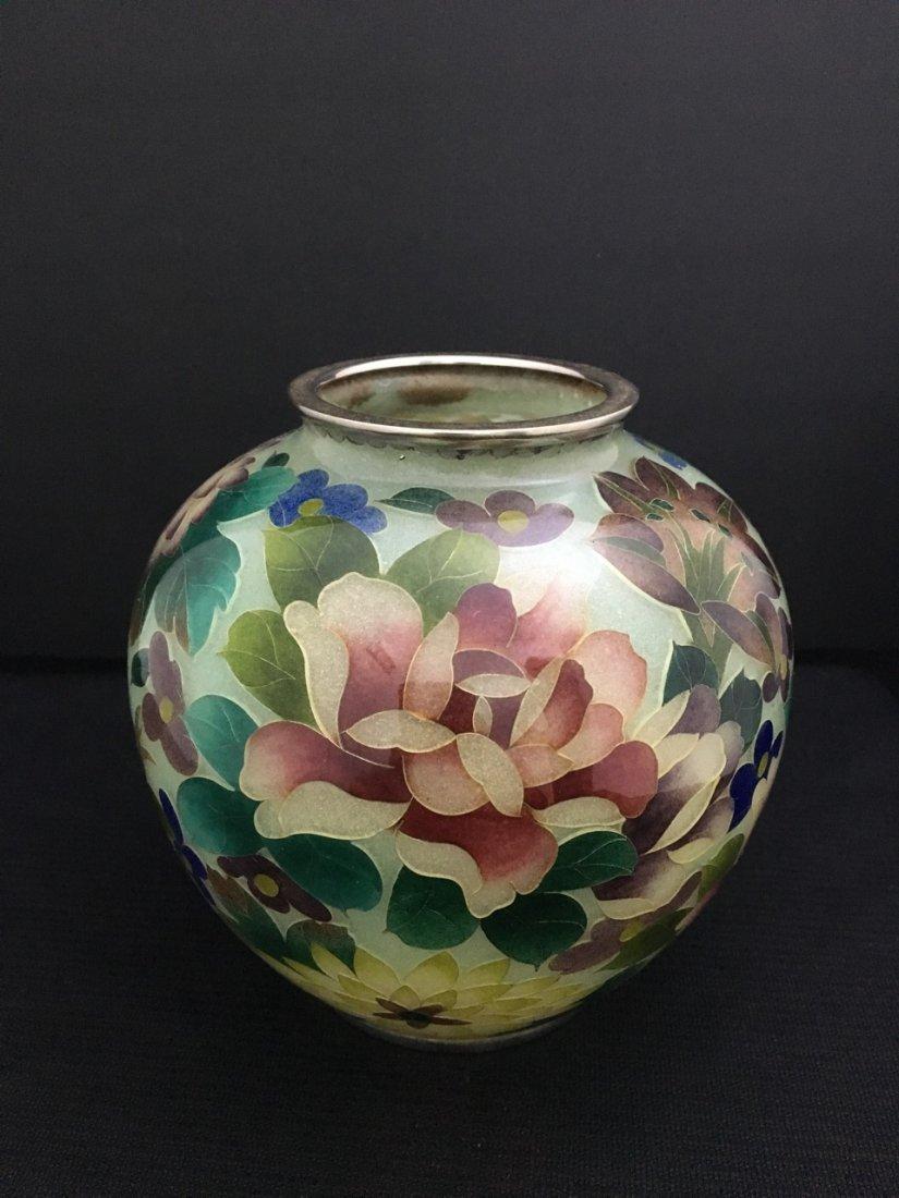 Near Pair of Japanese Vases - 2