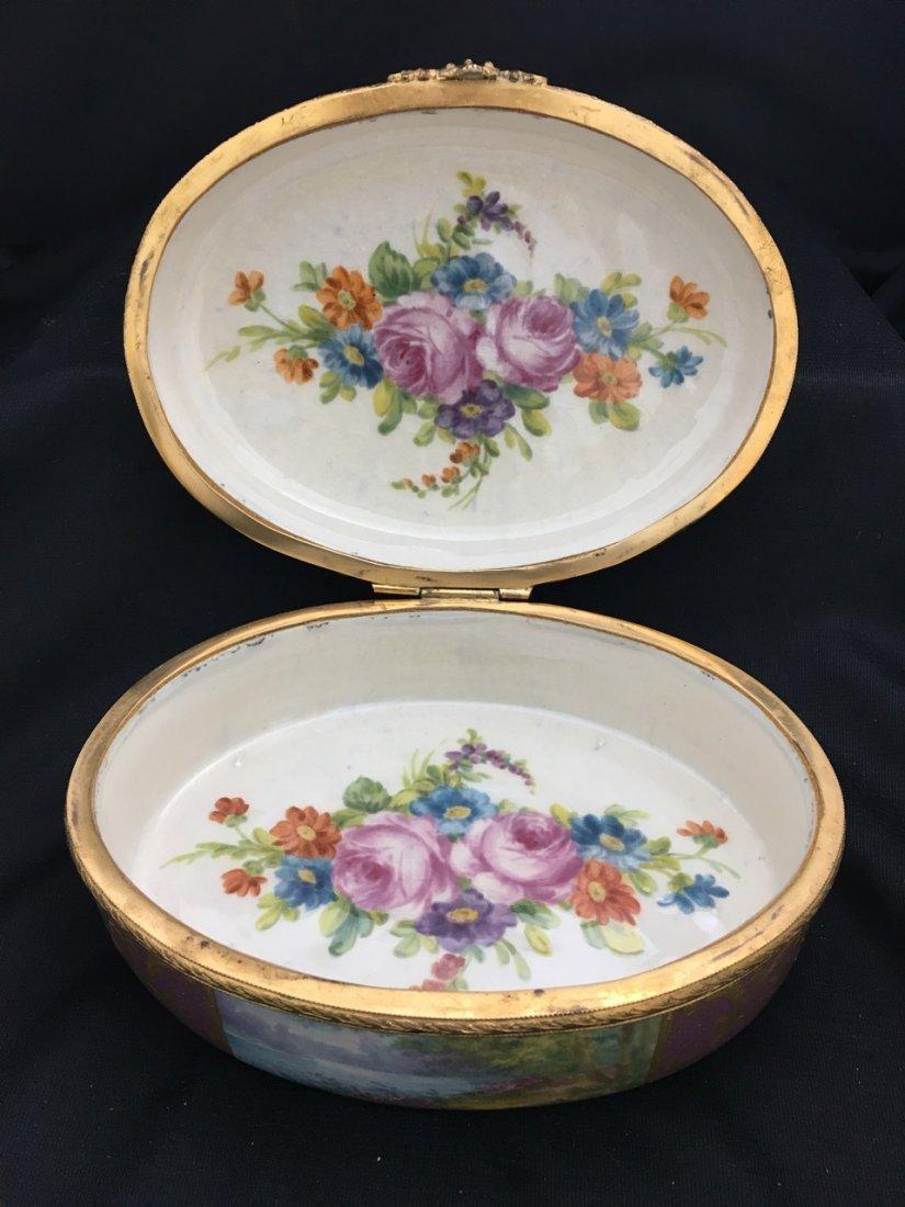 Sèvres Style Oval-Shaped Portrait Box - 5