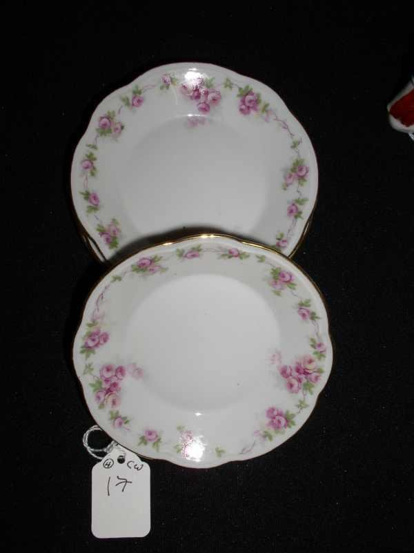 17: 4 piece set of classic Bavarian dishes