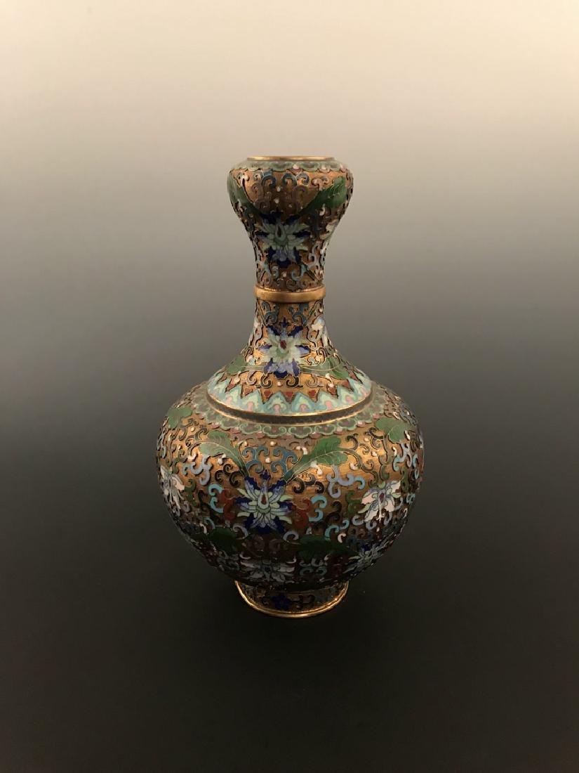 Chinese Antique Closionne Vase