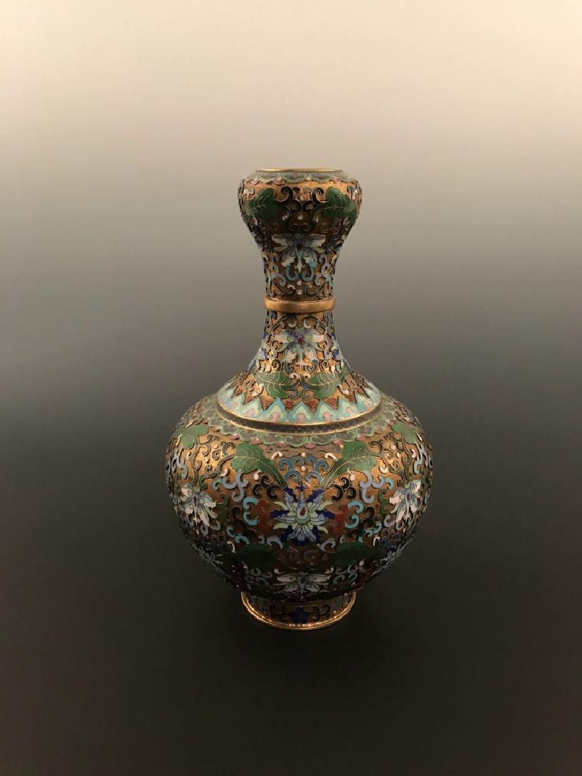 Chinese Antique Closionne Vase - 2