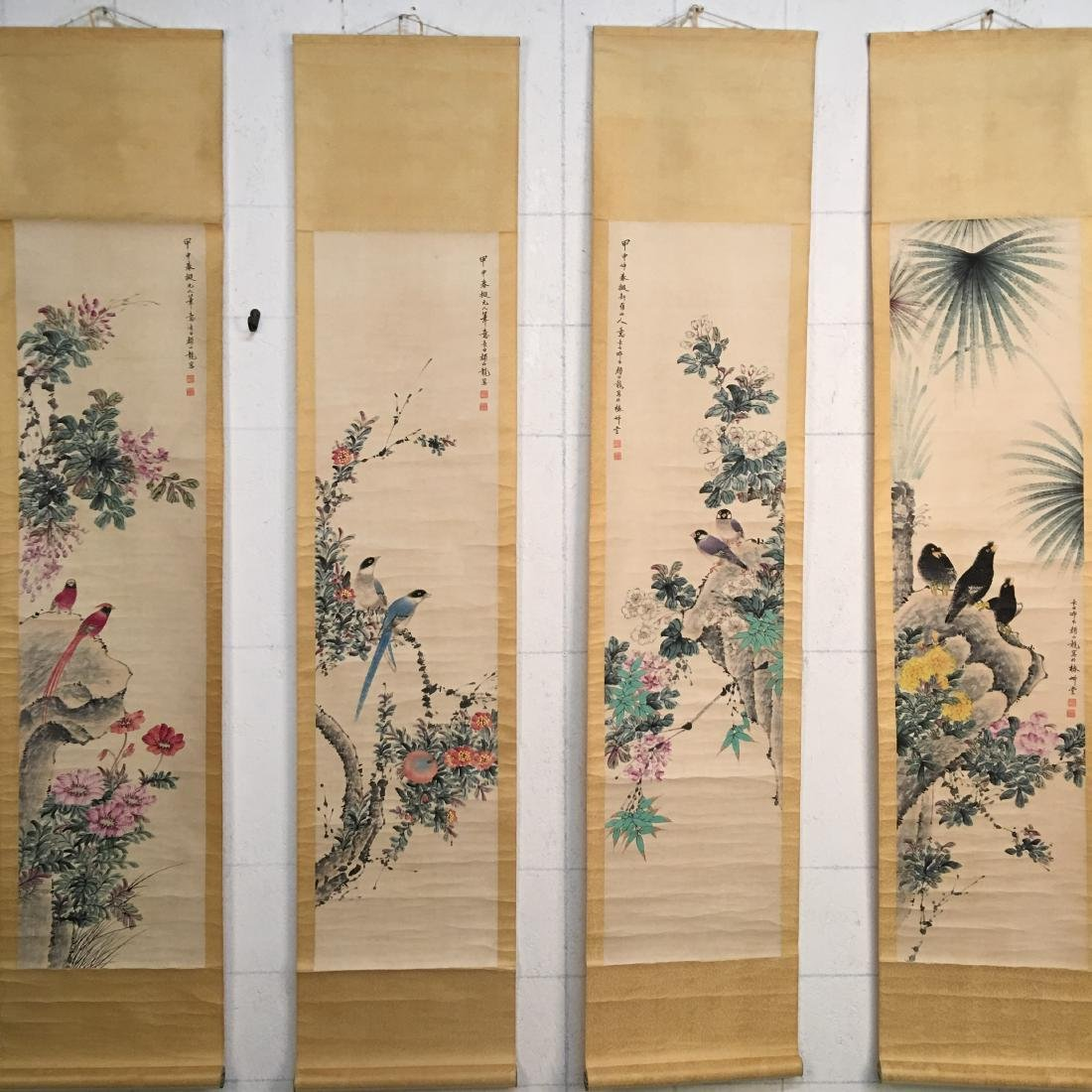 4 Pieces of Chinese Hanging Scroll of 'Birds & Flowers'