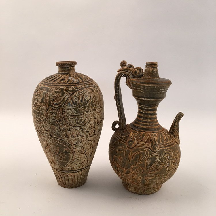 Pair Fine Song Style Vase