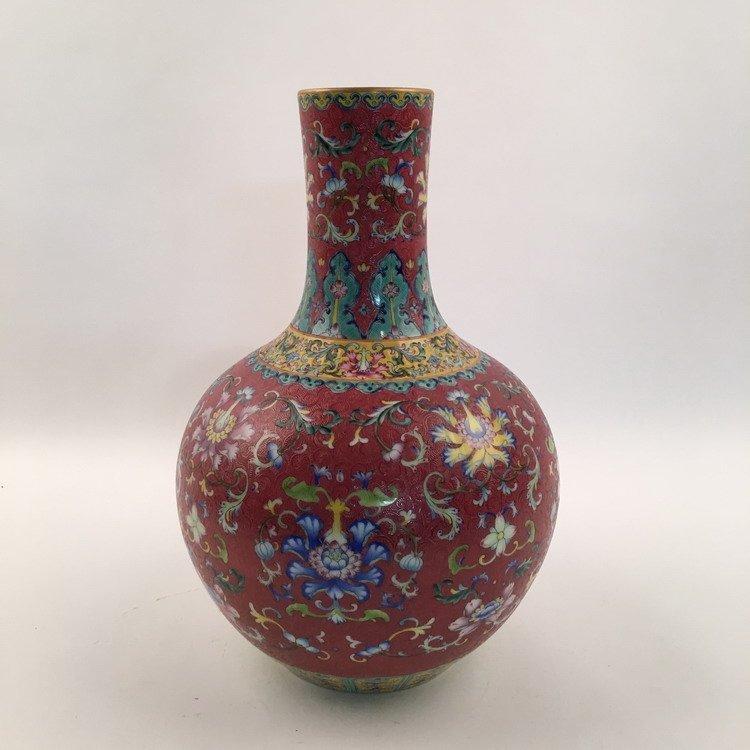 Fine Chinese Famille Rose Vase - 2