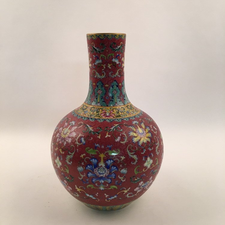 Fine Chinese Famille Rose Vase - 6