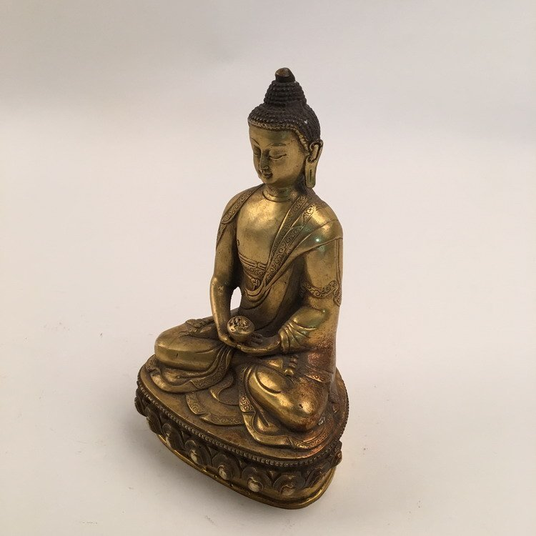 Chinese Gilt Bronze Buddha - 4