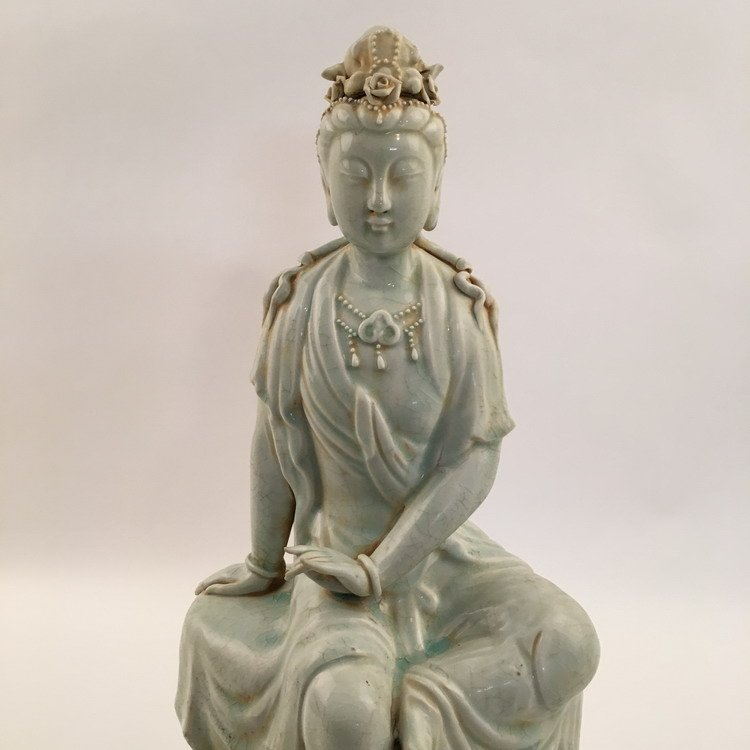 Fine Song Porcelain Guanyin Statue - 2