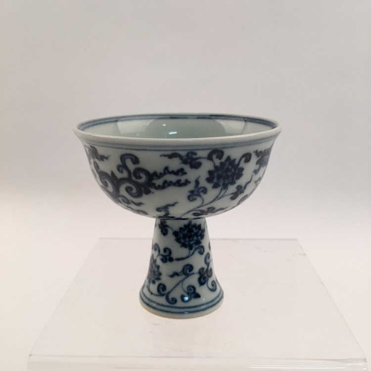 Chinese Blue and White Phonix Cup - 2