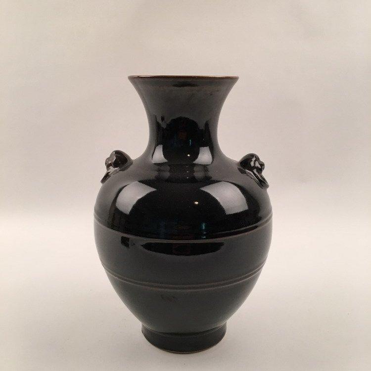 Yongzheng Mark.  Chinese Black Glazed Vase