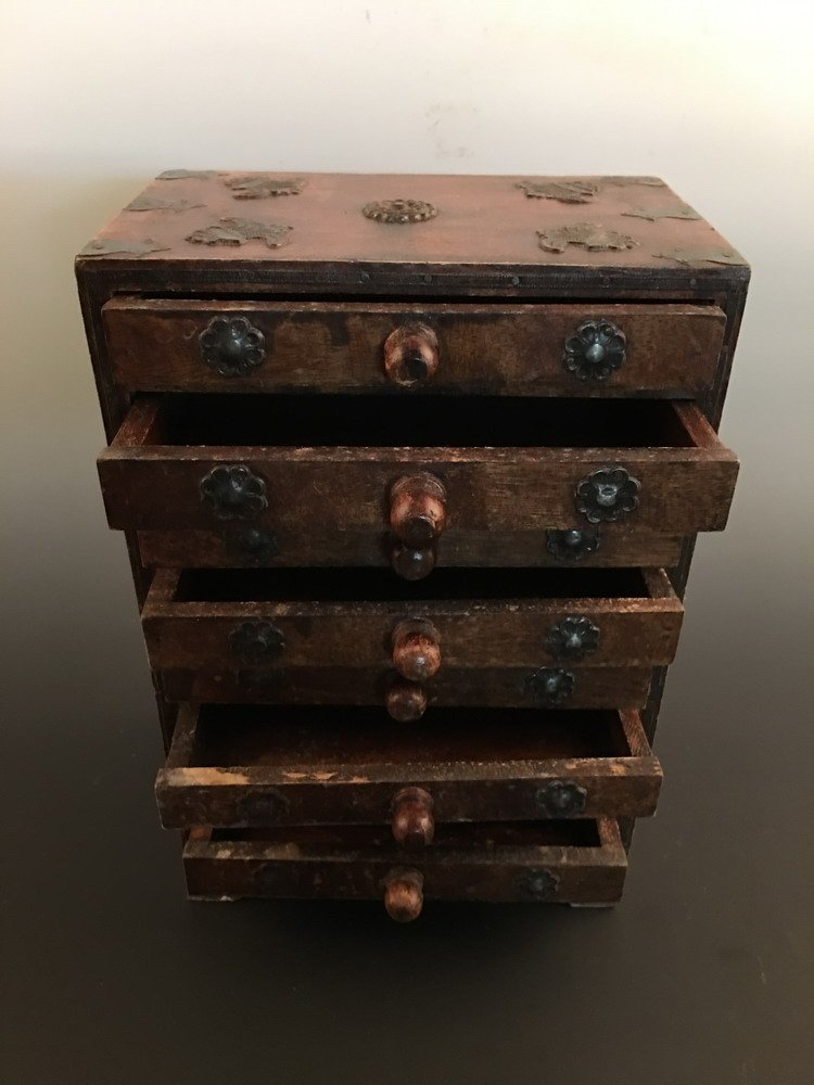 Fine Chinese Wood Jewelry Box - 2
