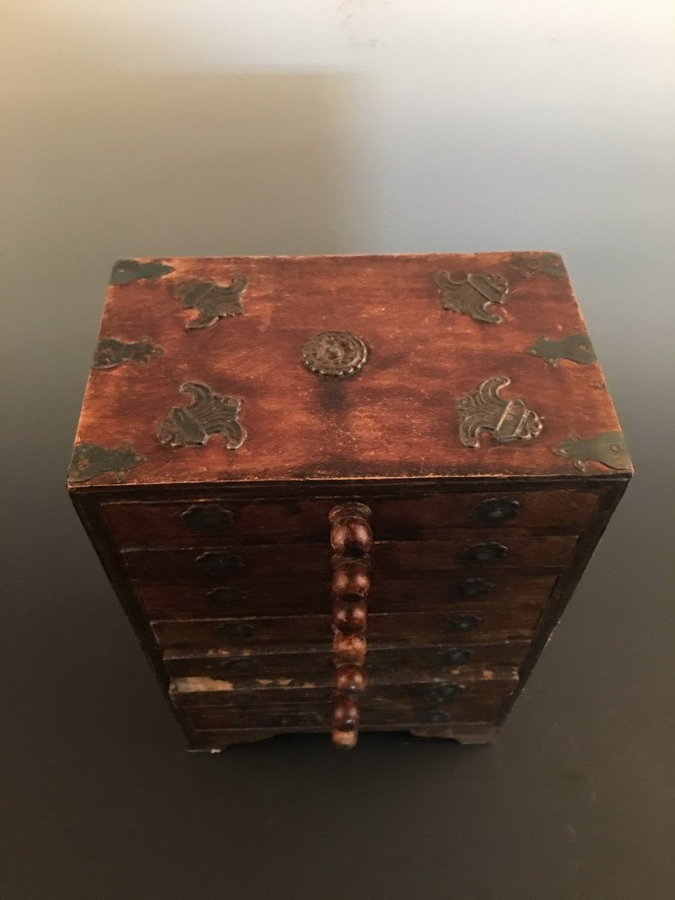Fine Chinese Wood Jewelry Box - 3