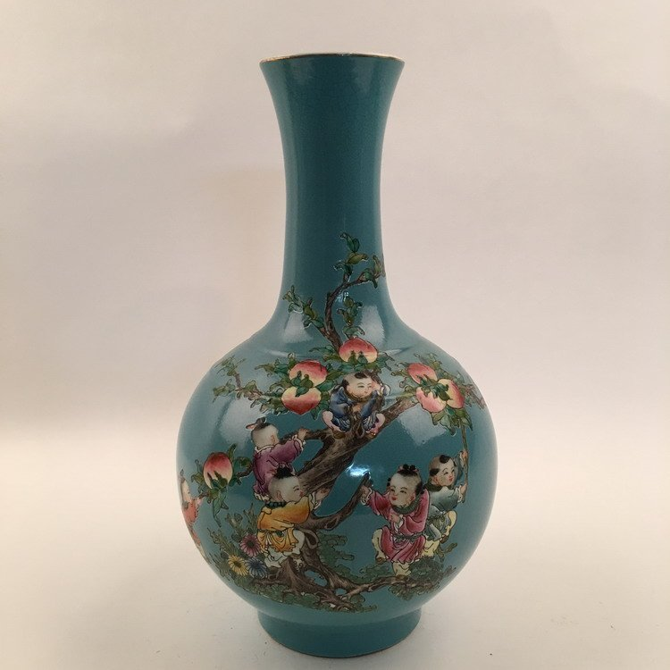 Chinese DaYaZhai Vase with Kids Climb Peach Tree Design