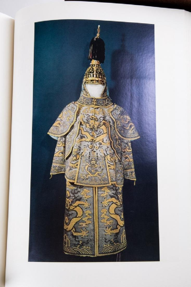 A BOOK OF PALACE MUSEUM - 10